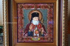 Образа в каменьях икона Святитель Лука Крымский вышитая работа