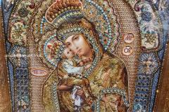 Образа в каменьях Почаевская Икона Божией Матери