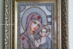 Образа в каменьях икона Казанская Божия Матерь вышитая икона