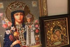 Образа в каменьях икона Богородица Неувядаемый цвет и икона Богородица Владимирская
