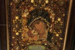 Образа в каменьях икона Богородица Владимирская вышитая икона